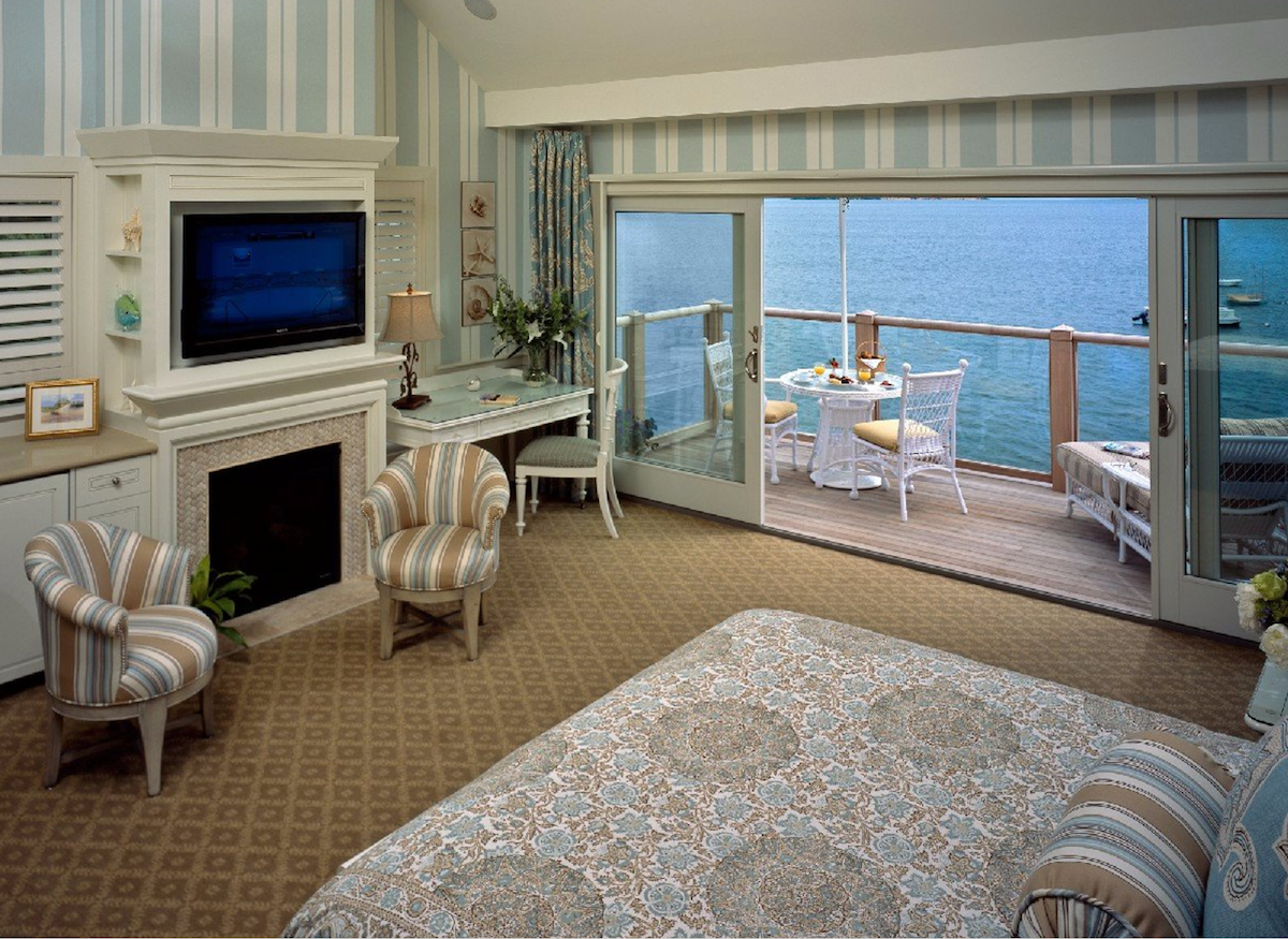 Wequassett. Bedroom with view