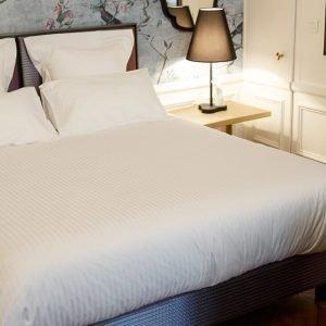 edredones-clasicos-de-hotel