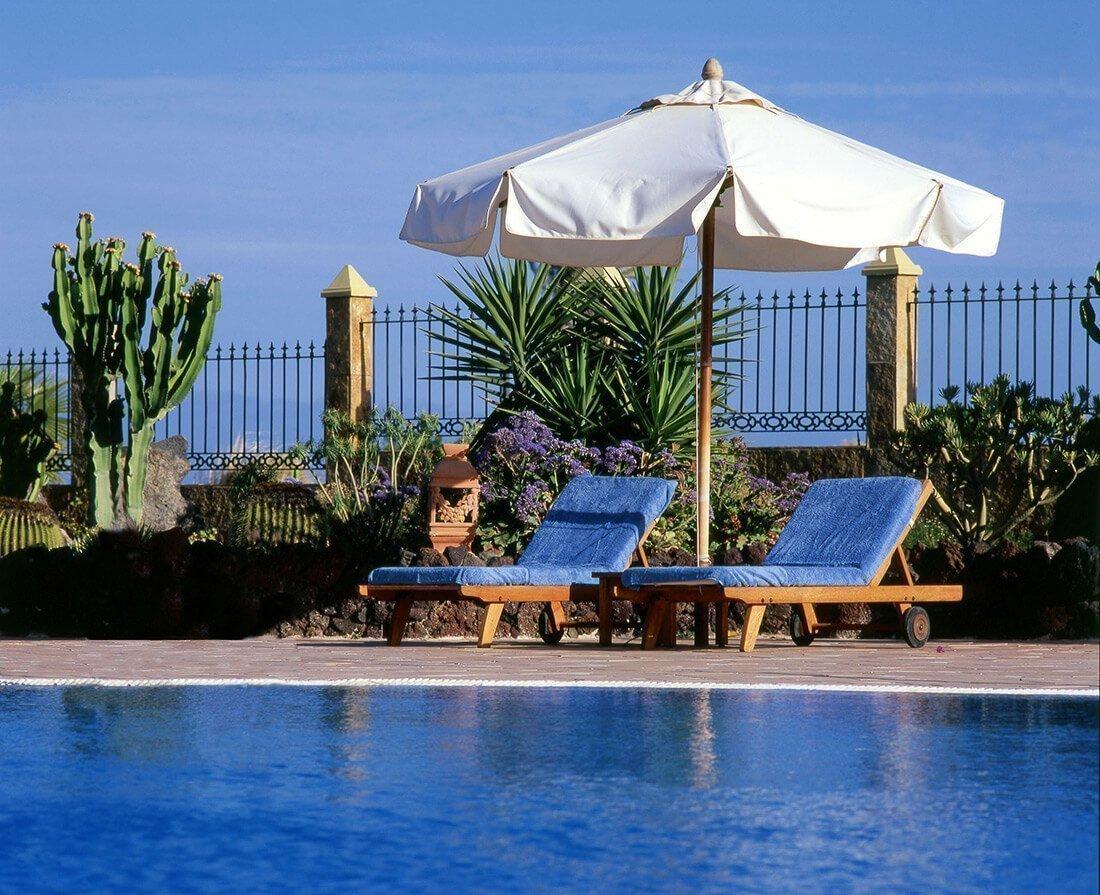 Funda de tumbonas spa y piscina resuinsa for Funda para piscina