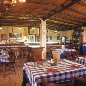 manteles-restaurante-tema-cuadros