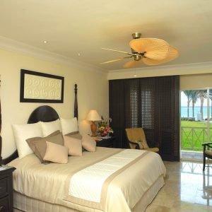 ropa-de-cama-hosteleria-resort