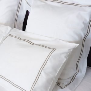 ropa-de-cama-hotel-clasico