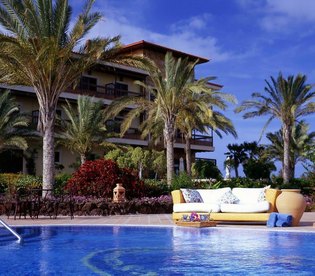 Toallas de piscina spa y wellness resuinsa for Toallas piscina