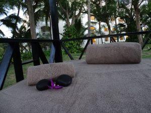 toallas de bambu y zapatillas SPA